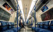 Великобритания затваря училищата и 40 метростанции в Лондон