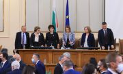 Парламентът създава Комисия за ревизия на МС, изслушват Ананиев за бюджета