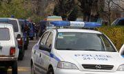 """Екшън край Враца! Жена бутна оградата и влезе с колата си във """"Вичов хан"""""""