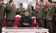 Оялият се Ким Чен Ун зове: Яжте по-малко!