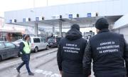 """Седемте митничари от ГКПП """"Калотина"""" остават за постоянно в ареста"""