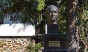 Докога данъкоплатците ще издържат музея на Тодор Живков в Правец?