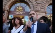 Управляващите са в ужас от заявката на Радев