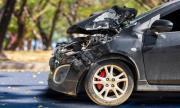 Служител на ВиК помете две коли Пловдив, шофьор е в болница
