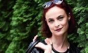 Йоана Буковска продава бащината си къща, за да оцелее