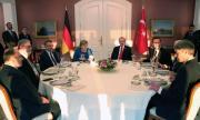 Ердоган разговаря с Меркел