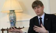 Джонатан Алън е готов да работи с правителството на Орешарски