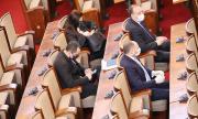 Предложението да се изтегли до 10 млрд. лв. нов заем бе одобрено от парламента