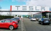 Болшинството служители на Tesla останаха без заплати
