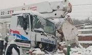 Кран се заби в постройка в Хасковско