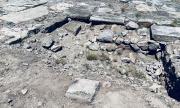 Надпис на римски саркофаг доказа, че е имало пристанище край Дебелт (СНИМКИ)