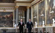 Версайският дворец чака туристи