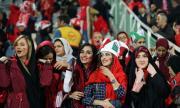 Иран громи с 14:0, пуснаха жени на стадиона