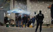 Продължават протестите по границата на Косово