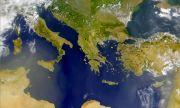 Опасна игра с картите на Балканите