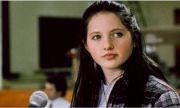 Млада холивудска актриса намерена мъртва в тоалетната