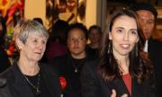 Управляващите в Нова Зеландия обещаха вдигане на данъците на богатите