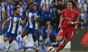 Божидар Краев игра срещу Спортинг Лисабон, но не успя да помогне на тима си