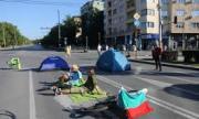 Трите блокади в столицата остават