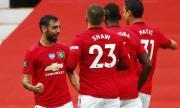 Голово шоу вкара Манчестър Юнайтед в топ 4