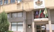 Жителите на Стрелча бесни на общината, поискаха сами да си ремонтират улиците
