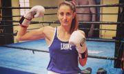 Свирепа българка отказа с ръста си турска шампионка по кикбокс