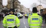 Полицията във Великобритания е в готовност да разпръсква протести срещу карантината