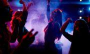Експеримент в Германия: без маски и дистанция в нощни клубове