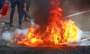 Силен горски пожар наложи евакуация на къмпинги край Марсилия