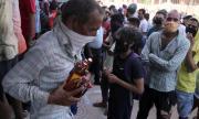Фалшив алкохол отне живота на десетки в Индия
