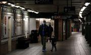 Да се ваксинираш в нюйоркското метро?