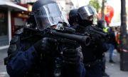 Сълзотворен газ срещу протестиращи, искащи край на коронафашизма