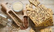 Рецепта на деня: Солени крекери със семена