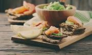 Рецепта за вечеря: Разядка с пушена сьомга и авокадо