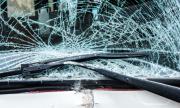 """Микробус катастрофира на """"Тракия"""", шофьорът е ранен"""