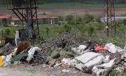 В Кранево готвят протест и блокади заради дупки на пътя и боклуци в селото