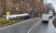 Катастрофа между тежкотоварен камион и цистерна в Монтанско