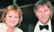 Ваксинирани съпрузи починаха от COVID-19 в един и същи ден