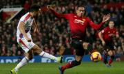 Рома и Арсенал влизат в битка за бранител на Манчестър Юнайтед