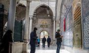 Започна свещеният за 1,5 млрд. мюсюлмани по света месец Рамазан
