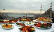 Лято в Турция: Строги правила, шведски маси и обучени сервитьори
