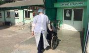 Пациенти изчакват по домовете, докато се освободи COVID легло