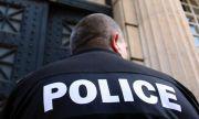 Хванаха разследващ полицай, докато взема подкуп