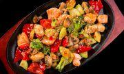 Рецепта на деня: Салата с риба и бекон