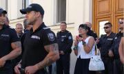 Протестът не трябва да бие политици или ибрикчии от кафевите