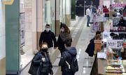 Локдаун: Трескаво пазаруване в моловете