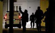 Атаките в Норвегия са продължили половин час. Арестуван е мъж на 37 години.