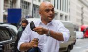 Ваксинираният британски здравен министър е заразен с коронавирус