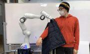 Роботи ще помагат на хората да се обличат (ВИДЕО)