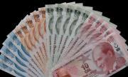И в карантина българите масово се запасяват с турска лира